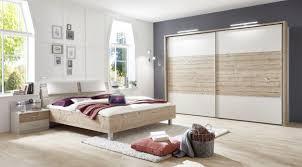 schlafzimmer in eichefarben chagner