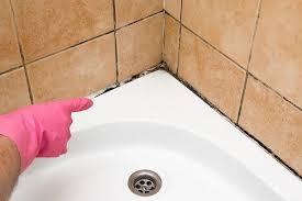 die fugenlose lösung im bad bauen südtirol