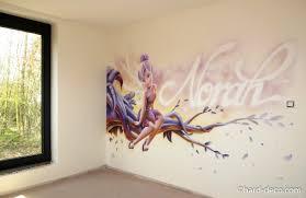 chambre fee clochette chambres de filles dacoration graffiti inspirations avec chambre fee