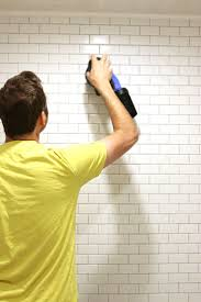 Regrout Bathroom Tile Youtube by Best 25 Removing Grout From Tile Ideas On Pinterest Diy Grout