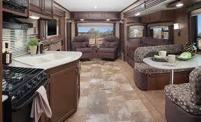 32RLDS Interior With Platinum Decor