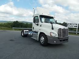 Single Axle Daycabs For Sale - Truck 'N Trailer Magazine Used Peterbilt Trucks For Sale In Louisiana New Top Llc Cventional Wo Sleeper For By Five Stars Truck Trailer Sbuyllsearchcomimageorig99161a96aa630e Buy Isuzu Nqr Intertional Reefer Ma Ct 2007 Mack Granite Cv713 Day Cab Auction Or Lease Truck Sales Burr Man Tgs184004x4hisvokietijos Tractor Units Price 43391 1974 9500 Gmc Sales Brochure Sale In Michigan Peterbilt 379exhd W 2001 Dodge Ram 2500 Diesel Laramie