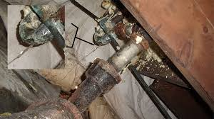 Tub Drain Leaking Under House by Cast Iron P Trap Under Bathtub Collapsed Diy Home Improvement