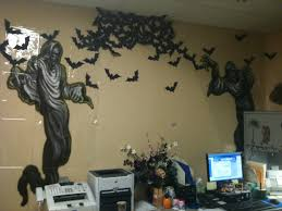 Cubicle Holiday Decorating Themes by New 70 Halloween Themes For Office Inspiration Of Best 25