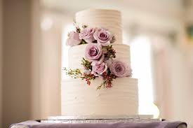 The Simple Design Is Elegant Entirely By Itself So I Love That Couple Opted To Forgo A Cake Topper And Let Be Main Focal Point