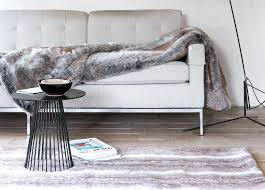 plaids fausse fourrure pour canapé bien plaids fausse fourrure pour canape 7 tapis de luxe fausse