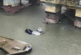Tug Boat Sinks by Drillship Breaks Free Sinks Tugboat In Corpus Christi