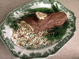 comment decorer une buche de noel décoration bûche de noël un dessert authentique