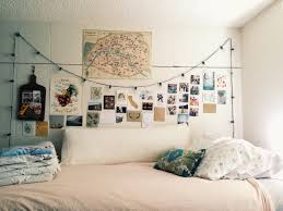 Cute Living Room Ideas For College Students by Best 25 Dorm Photo Walls Ideas Only On Pinterest Dorm Picture