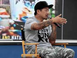 Learning In Reverse Brought Kogi Chef Roy Choi To The Top - Latimes Its Not Gourmet Its Just Ok Calbi Truck Irvine Ca Saturday Viva Mexico Kogi Bbq Taco Catering The New Diner Korean Taco Recipe Mexicans Restaurants And Roy Choi A Mix Of Food Made For La Daily Bruin Is Food Revolution Slowing Down Here Now Restaurant Choi Los Angeles In Loup Chois Son Diamond Jamboree Critical Mass Las Best Trucks Where Are They Eater This Is Gonna Be Good In