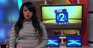 TV Reporter Reacts Hilariously To Colleagues Sly Dig About Her Outfit