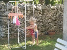 pour etendre le linge etendre le linge bébé montessori