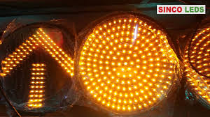 yellow led traffic lights blinking yellow arrow traffic signal