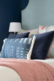 How To Decorate Your Teenager's Bedroom On A Budget ... How To Pick Perfect Decorative Throw Pillows For Your Sofa Lovesac Giant Pillow Chair Purewow Maritime Bean Bag 9 Cool Bedroom Ideas For Teenagers Overstockcom Cozy Papasan Astoldbymichelle Pasanchair Alluring Beach Themed Room Decorating Hotel Kid Bedroom Apartment Decor Boy Sets Bench Small White Cheap Teen Find Deals On 37 Design Teenage Girl And Cute Kids Ivy 54 Stylish Nursery Architectural Digest