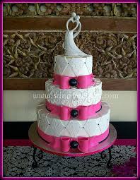 Pink And Black Wedding Colors Unique Black And Pink Wedding Cake Black And Pink Wedding Cake