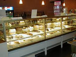 Vegas High Volume Refrigerated Pastry Showcases Utilize A Specially Made Refrigeration And Airflow System To Ensure The Proper Environment For Sensitive