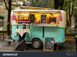 100 Snack Truck Milan Italy November 11 2018 Food Stock Photo Edit Now 1227159637