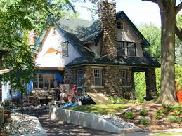 100 Fieldstone Houses Gardening Pomona September 2013
