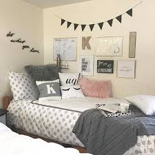 Decorating Your Dorm Room Can Get A Little Pricey Very Quickly Here Are 5 Tips For Making Feel Like Home On Budget