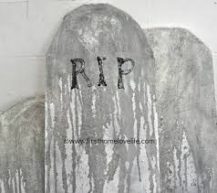 Halloween Tombstone Names by Diy Halloween Tombstones First Home Love Life