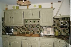 repeindre meuble de cuisine en bois comment peindre des meubles de cuisine