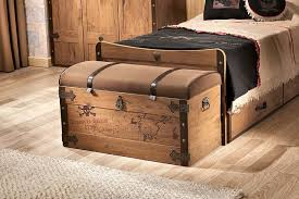 Furniture Bedroom Treasure Chest Furniture And Storage Bed With