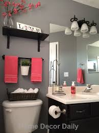 Blue And Brown Bathroom Wall Decor by Best 25 Red Bathroom Decor Ideas On Pinterest Restroom Ideas