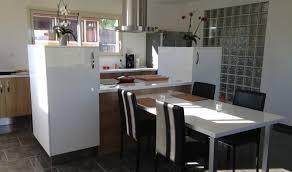 cr r un ilot central cuisine amenagement ilot central cuisine maison design bahbe com