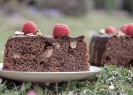 schokolade himbeer kuchen mit pistazien und rosa pfeffer