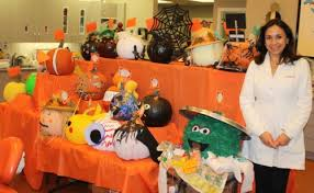 Oscar The Grouch Pumpkin Decorating by Schools Businesses Decorate Pumpkins For Gellerman Orthodontics