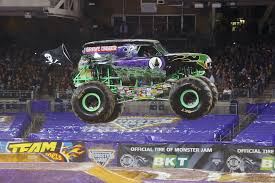 100 Monster Trucks Names The Ultimate Truck Take An Inside Look Grave Digger