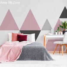 einfache grau rosa und schwarz dreieck geometrische muster