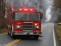 100 Emergency Truck Box Accident Takes Out Power Lines Katonah Fire Department