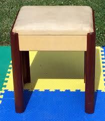 Step2 Art Master Activity Desk Green by Step 2 Art Desk Artist Chairs Book Shelving Interior White Nieche