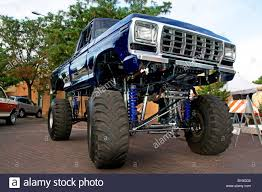 Jacked Up Four Wheel Drive Pick Up Truck Stock Photo: 33994604 Alamy ... Chevy Nice Jacked Up Trucks Truck And Van 2004 Ford F250 Super Duty For A Cause Photo Image Gallery 4 X Pickup Stock Photos Images Dodge Ram Customizer Inspiration With Stacks Old 20 New Car Reviews Models Up Sexyasstrucks14 Twitter Pictures Of Update Accsories Modification Best 1920 By Diesel 2019 Top Upcoming Cars
