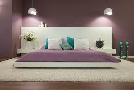 deco chambre adulte peinture couleur de peinture pour chambre lilas lit bas en blanc neige