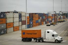Hapag-Lloyd Expects Rising Freight Rates This Year, Transport - THE ... Auto Shipping Costs Hub South Carolina Rates Freight Quote To Sc Flatbed Reefer How Ship A Car Edmunds Container Wikipedia Nissan Ud Trucks Bloemfontein Prime Truck Services Suv Instant Transport 5 Star Reviews Rources Bbb Insured Company Maersks Profit Tumbles On Weak Low Oil Prices Wsj To Import From China Uk Container Explained