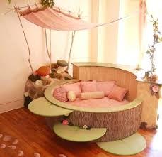 occasion chambre bébé lit rond bebe stunning chambre bebe originale 2 ideas yourmentor