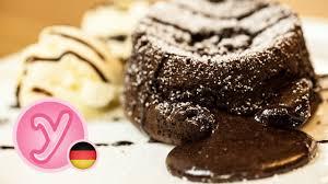 einfacher chocolate lava cake für den gemütlichen abend schokoküchlein mit flüssigem kern