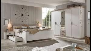 schlafzimmer komplett rovola in pinie weiß oslo pinie landhaus komplettzimmer mit bett kleiderschrank und 2 x nachttisch