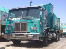 100 House Trucks LABOS East Valley District Yard Open 2018 Garbage