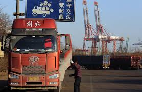 100 Trucks Are Us US China Headed For Hot War On Trade WSJ