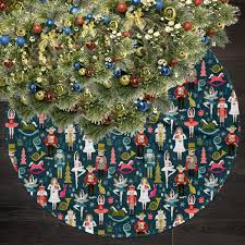 How To Sew A Simple Christmas Tree Skirt Guide