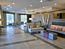 Hotel with Shuttle Near Charlotte Airport Holiday Inn