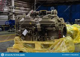 100 Turbine Truck Engines Large Diesel Engine With A Huge In The Warehouse Of Finished