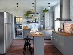 3 Reasons To Give Yourself A Kitchen Island