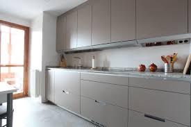 Cocina SANTOS Modelo MINOS E en color Gris ARENA cierre a techo