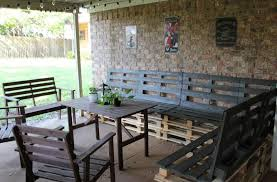 Awesome Black Pallet Patio Furniture Ideas For Your Backyard Projects