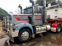 Trucks For Sales: Old Semi Trucks For Sale