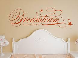 das wandtattoo dreamteam passt perfekt ins schlafzimmer